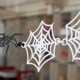 HALLOWEEN – spiderweb chain deco